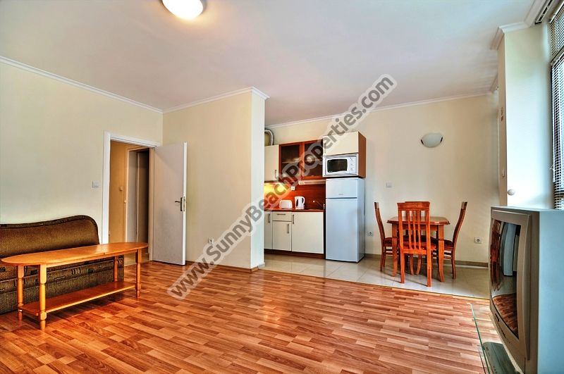 1-bedroom apartments for rent, each with washing macine, Sun City 1, 300 m. from the beach in Sunny beach, Bulgaria