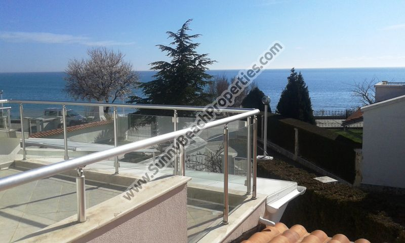Gorgeous sea view furnished 2-bedroom/2-bathroom villa for rent  in absolute tranquility 20m from beach in St. Vlas