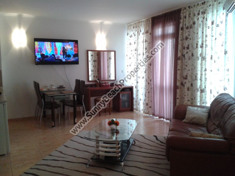 Spacious pool view luxury furnished studio for sale in Central Plaza in absolute tranquility in the centre of Sunny beach