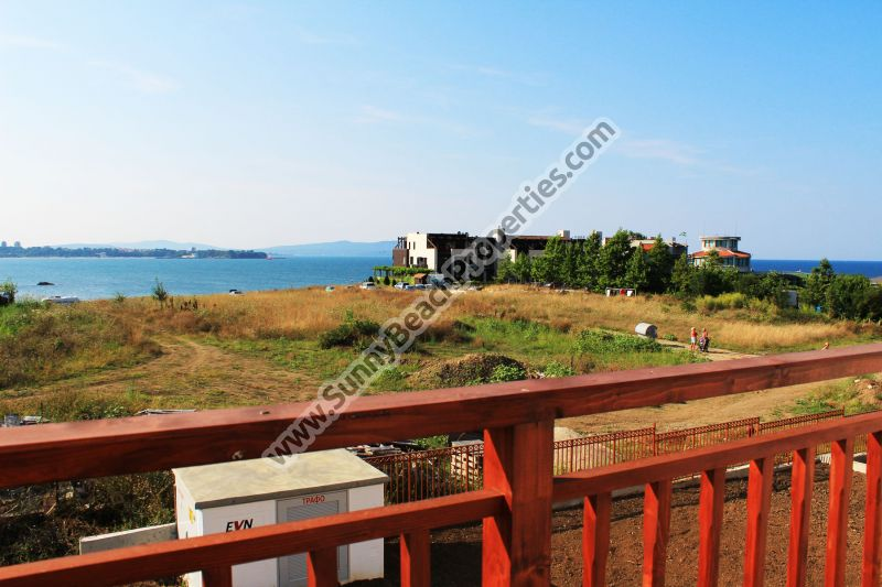 Beachfront sea § mountain view 1-bedroom apartment for sale in complex Mojito Club 70 m. from the beach in Lozenets, Bulgaria