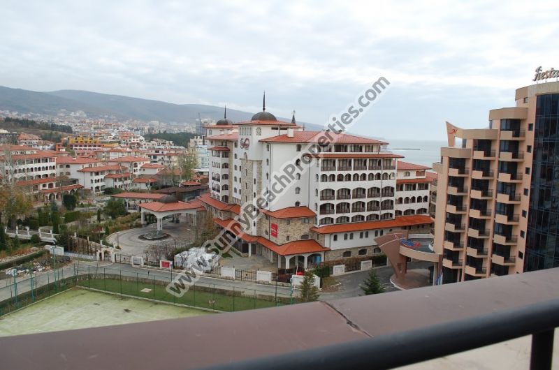 Mountain and sea view studio for sale in beachfront 4**** Majestic aparthotel right on the beach in Sunny beach, Bulgaria