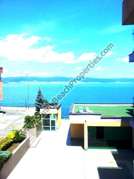 Sea view furnished 3-bedroom apartment for sale in residential building Belvedere in the center of Nessebar, Bulgaria