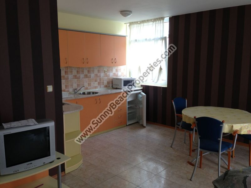 Garden view 1-bedroom apartment for rent in absolute tranquility 150 m. from the beach in Sunny Beach, Bulgaria