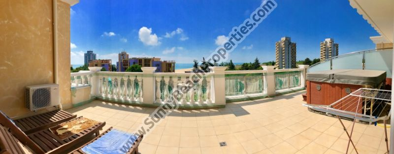 Sea view luxury furnished 2-bedroom/2-bathroom penthouse apartment with Jacuzzi for sale in luxurious complex Villa Rome 100m. from the beach in Nessebar