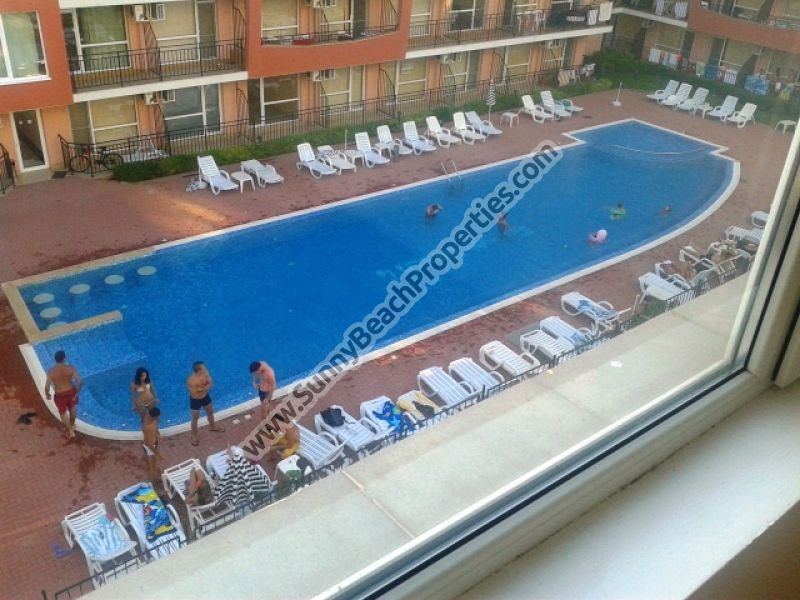 483€/m2.Spacious pool view 1-bedroom apartment in residential complex in tranquil area in the central part of Sunny beach and 400 m. from the beach.