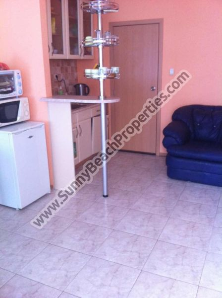 Furnished 2-bedroom apartment for rent 4+1, 150m. from the beach in Sunny beach, Bulgaria