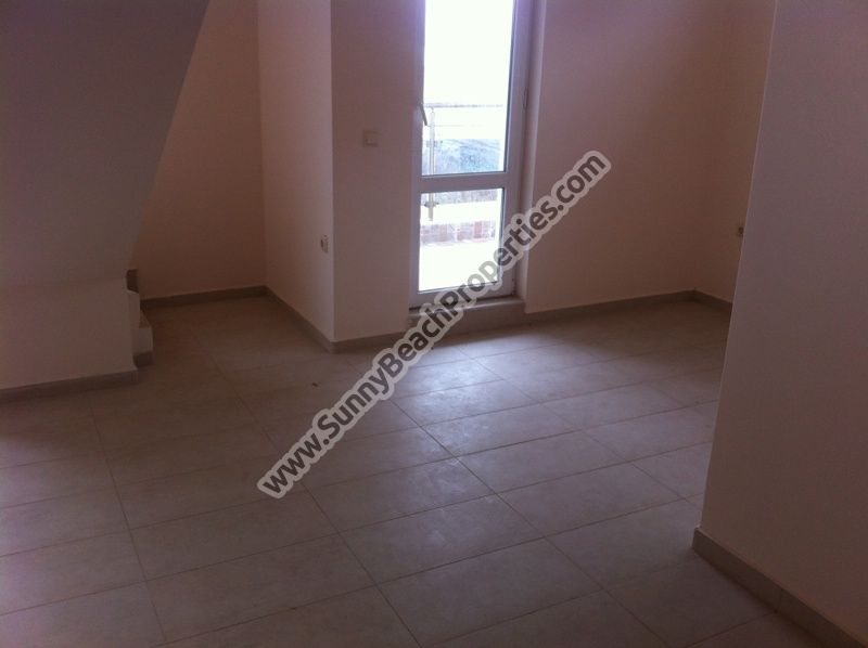 1-bedroom duplex apartment for sale in residential building, 350m. from the beach in Pomorie, Bulgaria