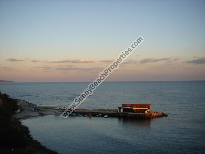 Stunning sea view 4bedroom villa 10 m. from the sea and in the Old Nessebar itself with its breath-taking atmosphere.