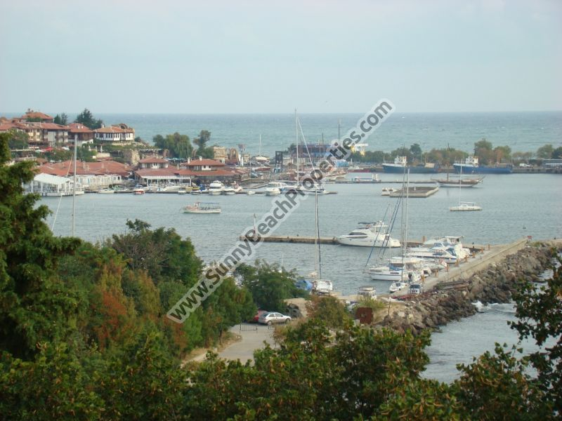 Sea and park view fully furnished 1-bedroom apartment for sale Panorama Beach in Nessebar, Bulgaria