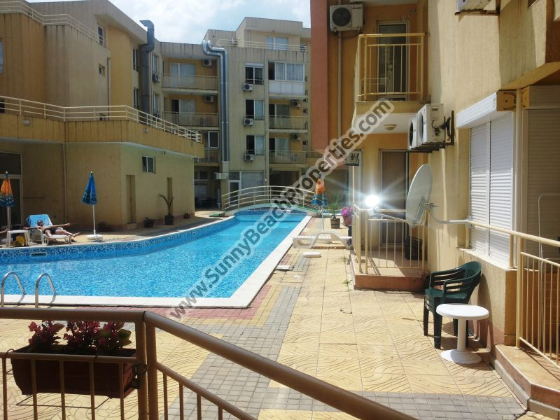 Pool view furnished 1-bedroom apartment for rent 2+3, in Palm Court 250m. from the beach in Sunny beach