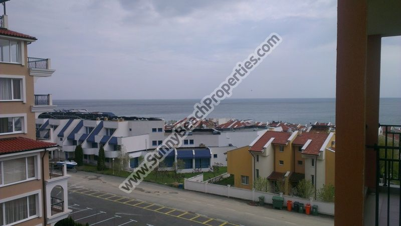 Sea view 1-bedroom apartment for sale in residential complex Victorio 150 m. from the beach in Sveti Vlas, Bulgaria