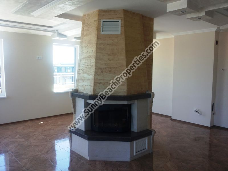 Sea view luxury 1-bedroom/1.5-bathroom apartment with fireplace for sale in complex VIP Classic 250 m. from beach Sunny beach, Bulgaria