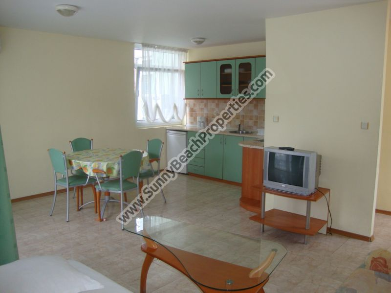 Garden view 1-bedroom apartment in absolute tranquility 150 m. from the beach in Sunny beach.