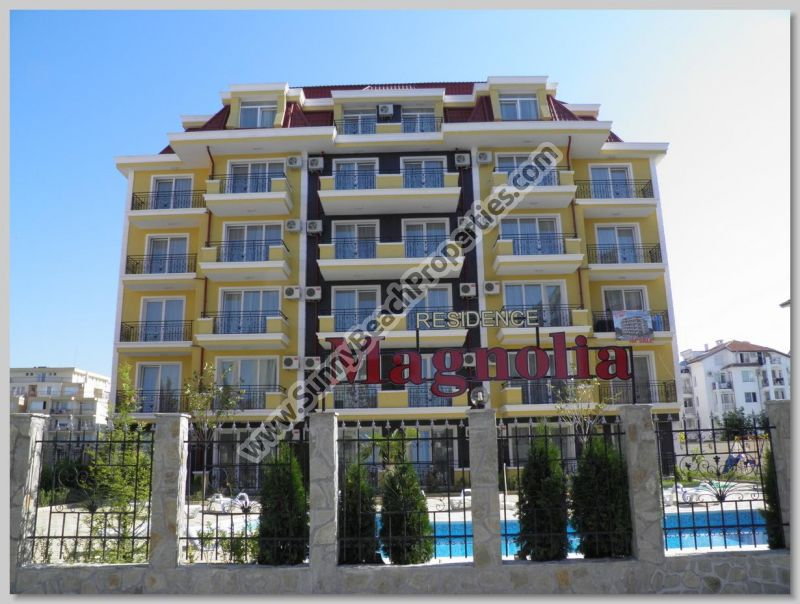 Studio apartments for sale in Magnolia Residence, 500m. from the beach in Sunny beach resort, Bulgaria