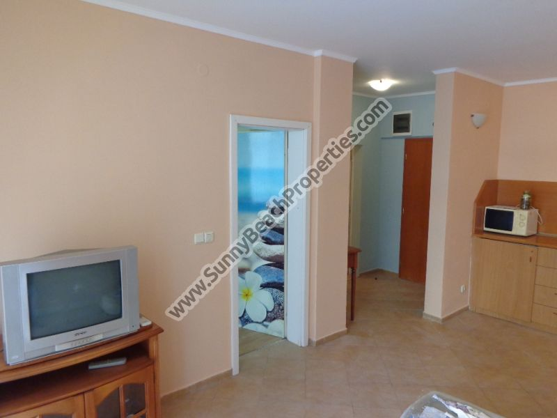 Furnished 1-bedroom apartment for sale in Barco del Sol 150m. from downtown Sunny beach, 350 m. from the beach