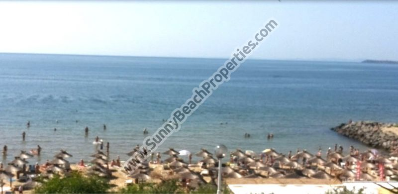 Beachfront sea view 2-bedroom/2bathroom villa for rent 20 m. from the beach in Saint Vlas,Bulgaria