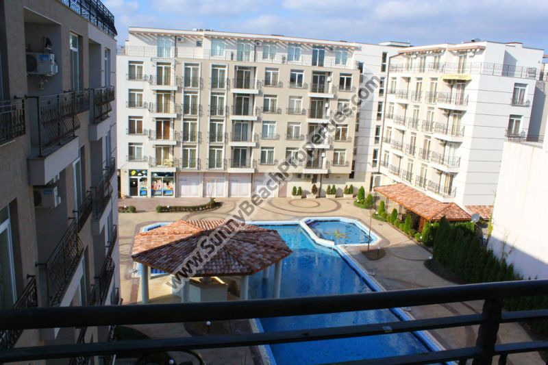 Pool view spacious furnished 2-bedroom apartment for sale in Dawn Park, 600 m from beach, Sunny beach Bulgaria