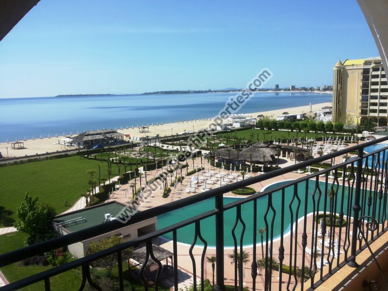 Beachfront stunning sea and pool view fully furnished 2-bedroom apartment in 4**** Majestic right on the beach of Sunny beach.
