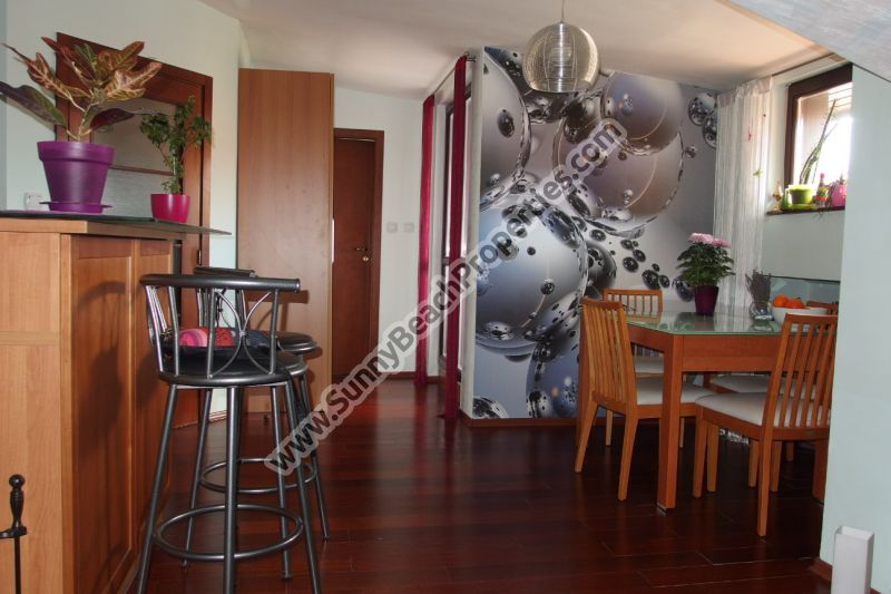 Cheap mountain view stylishly furnished 1-bedroom/1.5-bathroom apartment for sale in Chalet Montagne complex 500m. from the ski lift in Bansko, Bulgaria