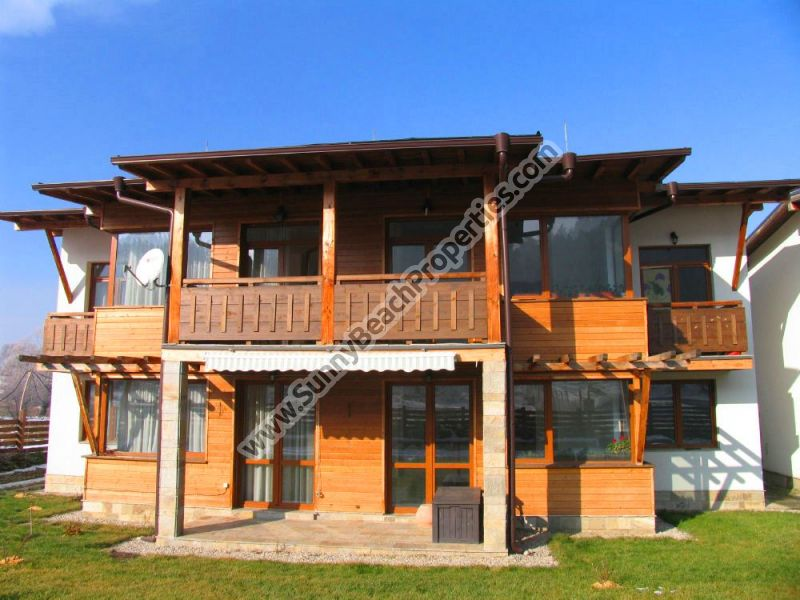 Mountain view furnished 4bedroom/4bathroom/4lounge house in Banya SPA resort, 5km from Bansko
