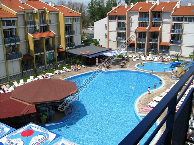Superb spacious pool view 2-bedroom/2bathroom apartment for rent 150 m. from the beach in Sunny beach.