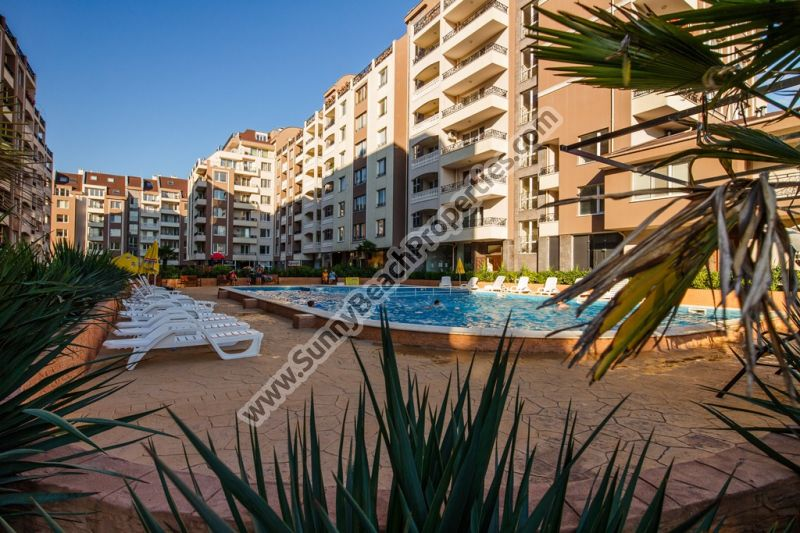 1-bedroom apartments for sale in VIP complex Perla , next to the Sea Garden in Bourgas, Bulgaria