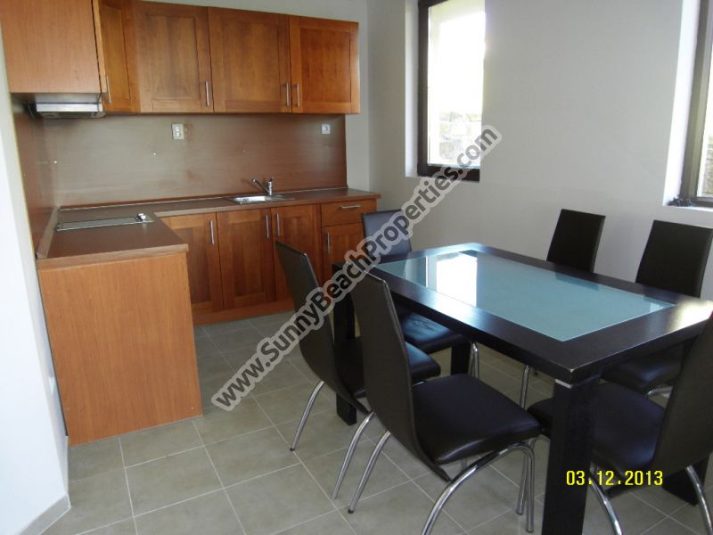 Self-containt fully furnished 2-bedroom/2.5bathroom apartment in Bay view villas only 4 km. from the beach!