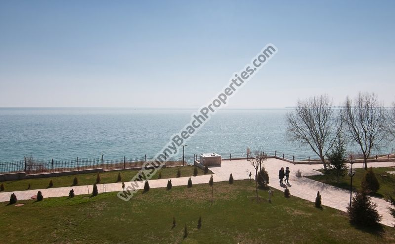 Sea view 2-bedroom apartments for rent in beachfront Panorama Fort 100m. from beach in Elenite resort, Bulgaria