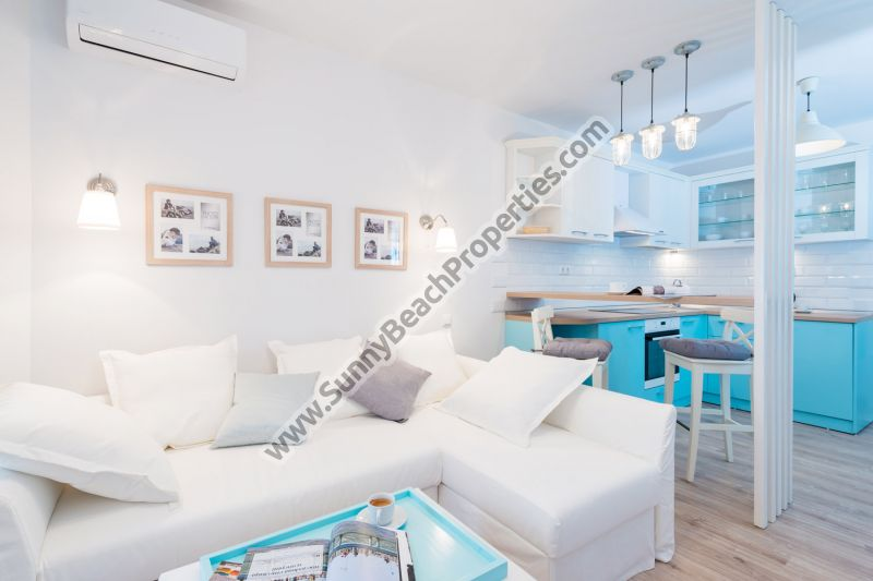 Beachfront Sea view luxury furnished studio for sale in complex Mojito Club 70 m. from the beach in Lozenets, Bulgaria