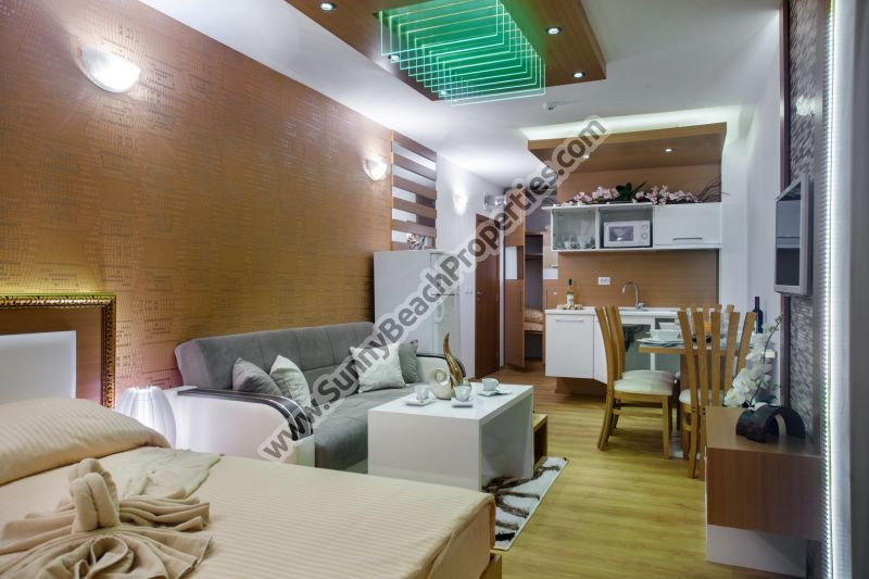 Pool  view fully furnished Studio de lux in absolutely tranquil area in the central part of Sunny beach.