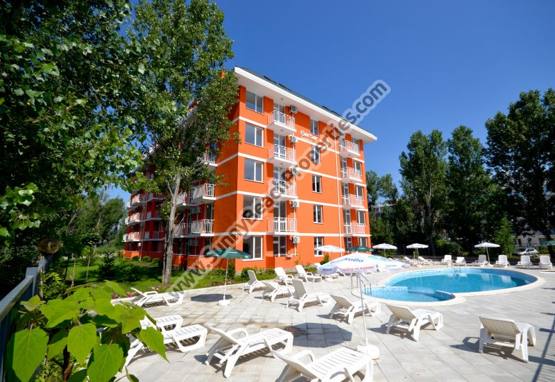 Studios and 1-bedroom apartments for sale in Gerber Residence 4, 400m. from the beach in Sunny beach resort