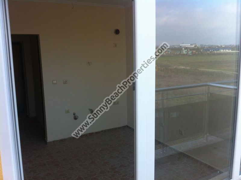 5 studio apartments for sale in residential building in Ravda 400m. from the beach, Bulgaria