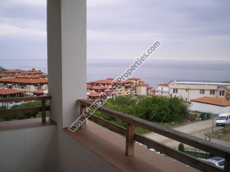 Sea view 1-bedroom apartments for rent in complex Etara 3, 300 m. from the beach in Saint Vlas