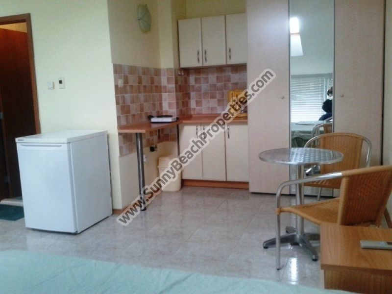 Spacious park view furnished studio for sale  in Elite 1, only 150m. from the beach in Sunny Beach, Bulgaria