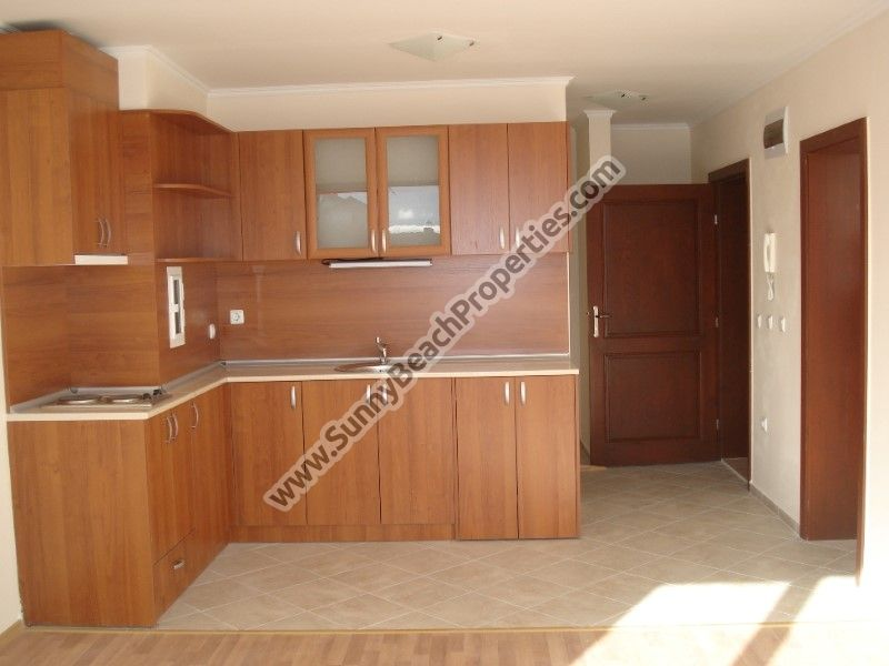 1-bedroom apartments for sale in residential building Calypso downtown Chernomorets, 200m from beach