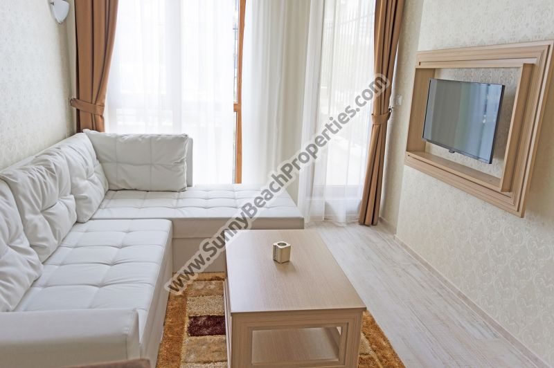Luxury furnished studio apartment for sale in luxury Harmony Suites 10 Saint Vlas /Sveti Vlas/, Bulgaria