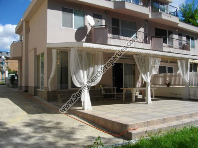 Furnished 4-bedroom/5-bathroom house for sale 200 m from the beach in Nessebar, Bulgaria
