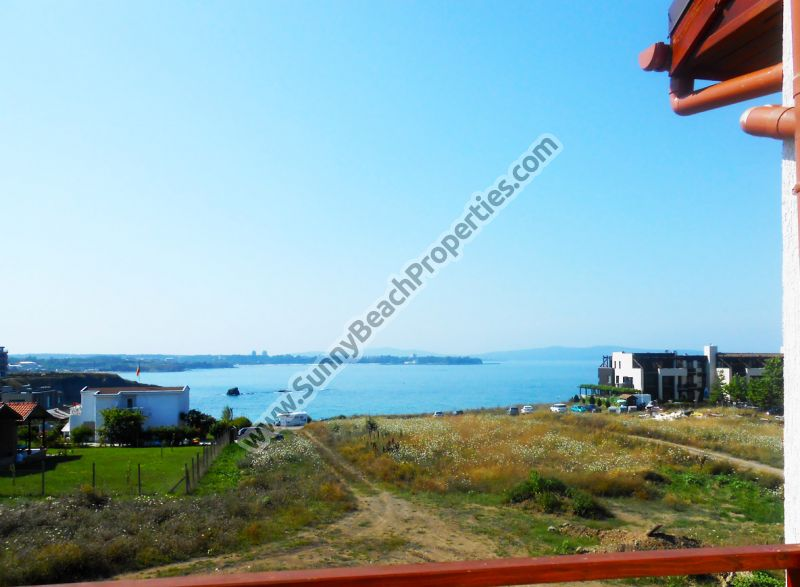Beachfront sea § mountain view 1-bedroom apartment for sale in Mojito Club only 70 m. from the beach in Lozenets, Bulgaria