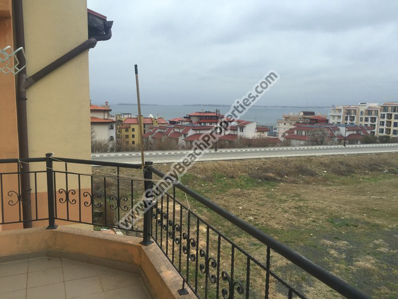 Sea view furnished 1-bedroom apartment for sale in residential building 500m from the beach, Sveti Vlas, Bulgaria