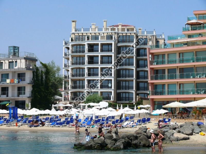 Mountain view fully furnished studio for sale in beachfront luxury Dolphin Coast VIP club  20m. from beach in Sunny beach
